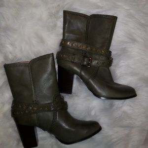 NWOT FOSSIL BOOTS GREEN SIZE 8.5